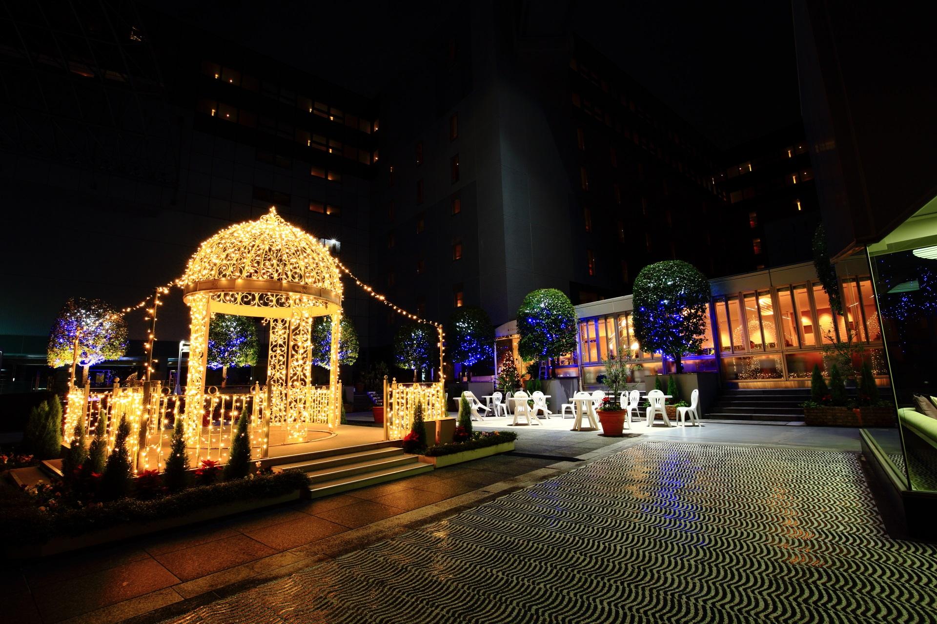 高画質 イルミネーション 写真 東広場